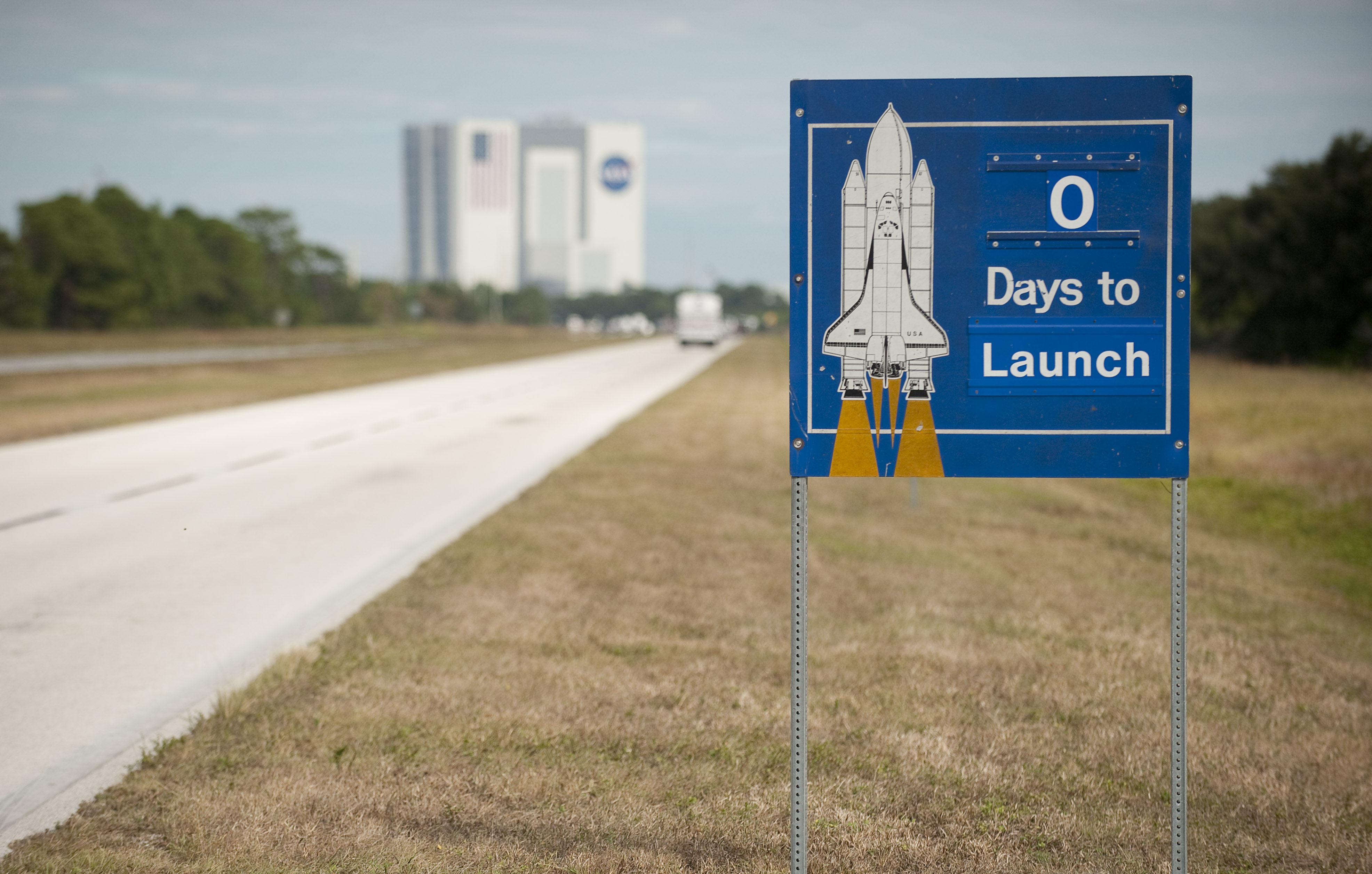STS-129_Launch_Countdown_Sign